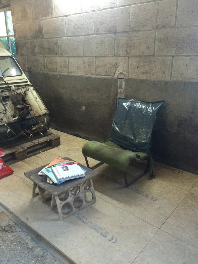Le garage le moteur et la bo te de vitesses for Garage boite de vitesse